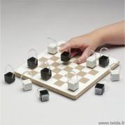 Pirštų tiesimo žaidimas – šaškės