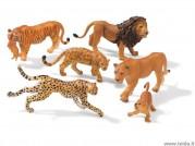 Laukinių kačių figūrėlės