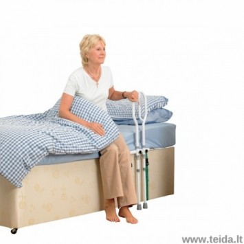 Ranktūris prie lovos